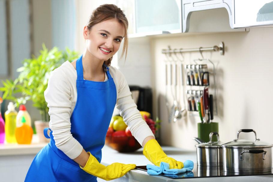 ev temizliğinde gündelikçi nasıl seçilir