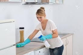 mutfak tezgahı nasıl temizlenir